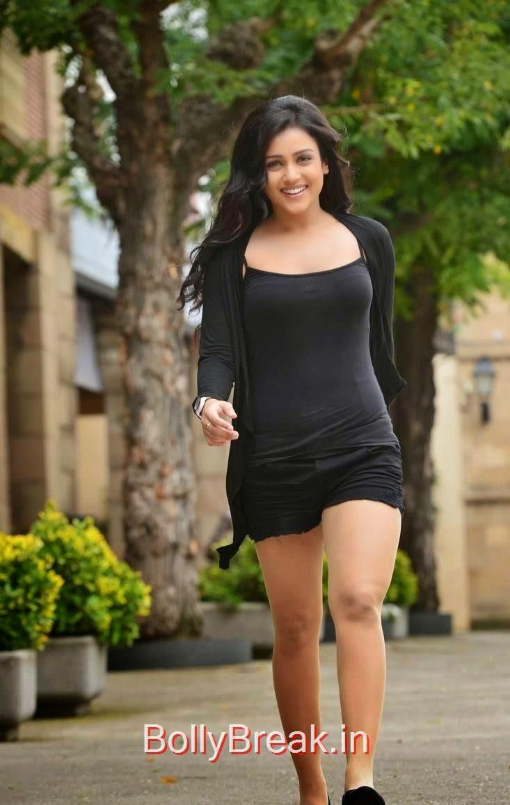 Mishti-Chakraborty-Stills-From-Chinnadana-Nee-Kosam-Movie-54, Hot HD Images Of Mishti Chakraborty in Black Dress