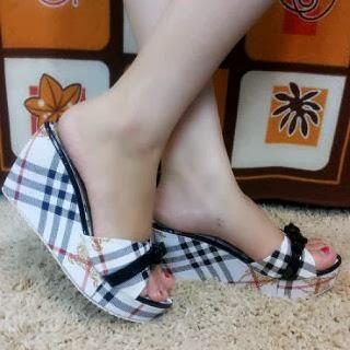 Sepatu Wanita yang Keren dan Nyaman