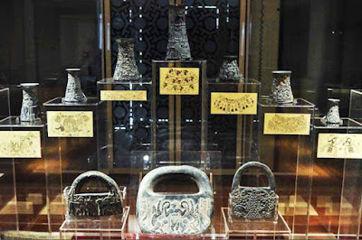 Ancient objects in the National Museum of Iran.