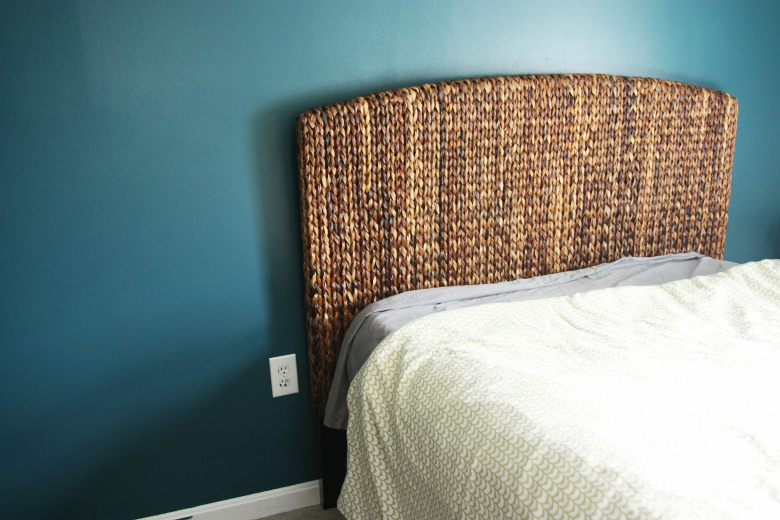 targets andres headboard l