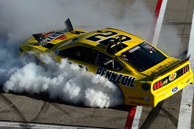 Team Penske & Ford Performance Finish 1-2 At Las Vegas #NASCAR