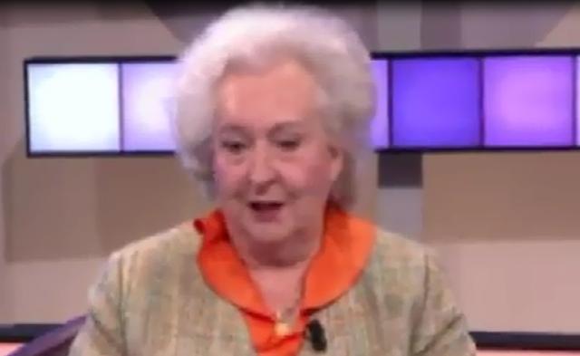 """Pilar de Borbón: """"Soy una modesta ama de casa que trata de echar una mano a todos"""""""
