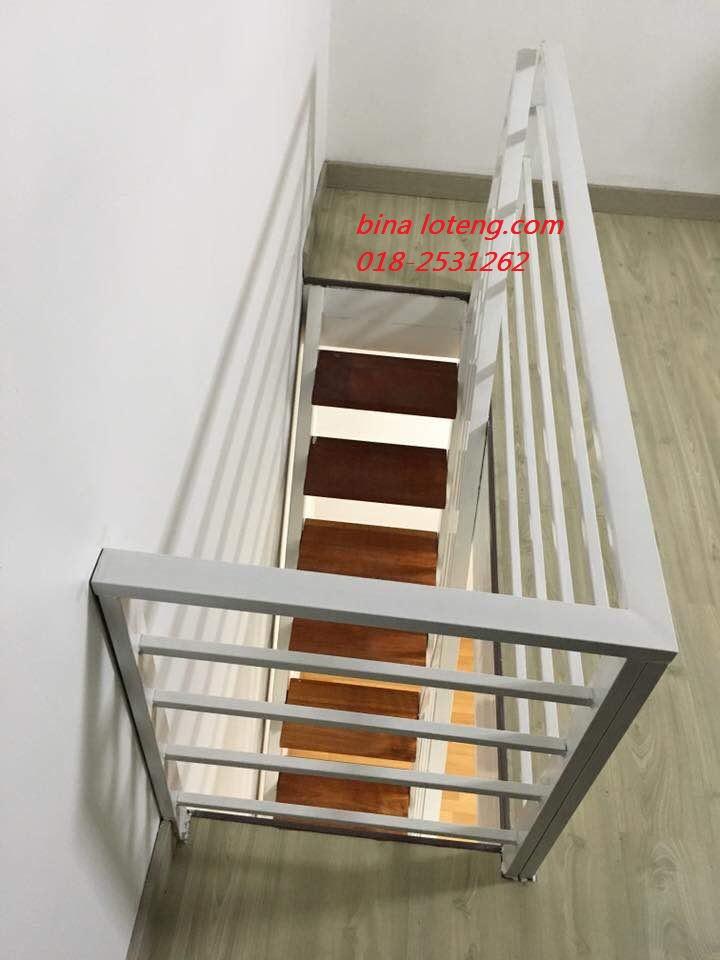 Ruang Loteng Rumah Teres Yang Di Bina Ukuran 12x10