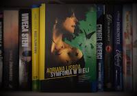 http://mechaniczna-kulturacja.blogspot.com/2016/04/adriana-lisboa-symfonia-w-bieli-recenzja.html