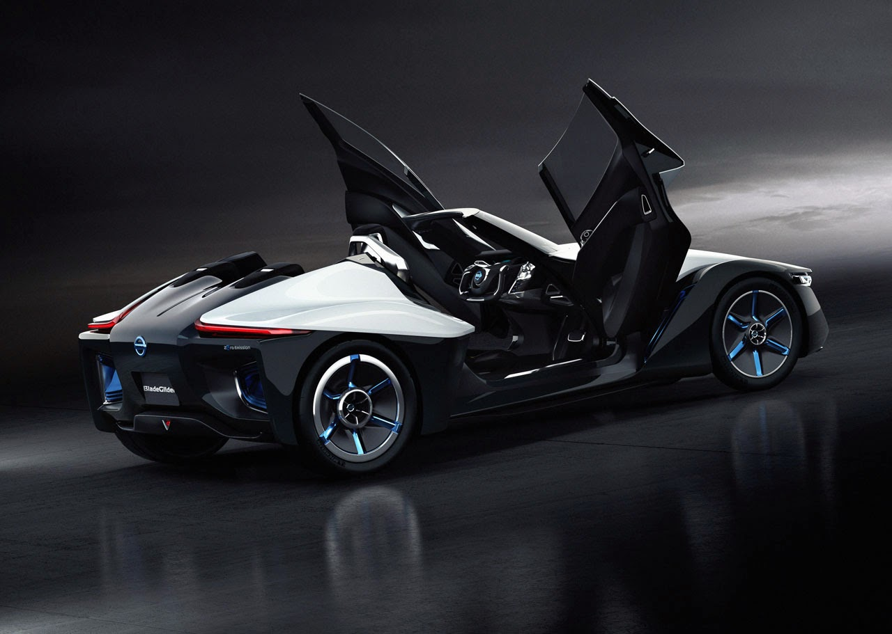 Nissan develops stylish 'Bladeglider' EV