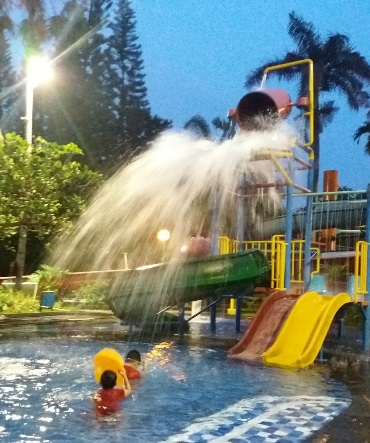 Harga Tiket Masuk Kolam Renang Villa Meruya Waterpark Jakarta Barat
