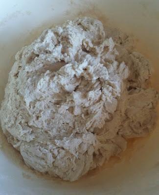 20160103 113742 1 - Baştan Sona;''Bir Ekmek Yapmak'' (Bu Kez Çavdar Unu Kullanarak)