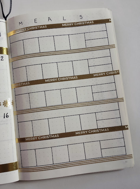 Plan out meals in advance with a Bullet Journal meal planner spread, complete with some holiday cheer!
