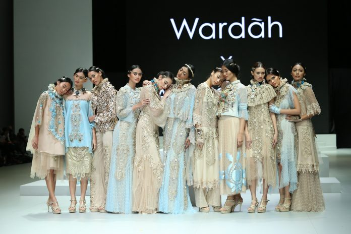 Wardah Indonesia Fashion Week 2017