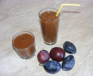 laxativ natural, smoothie de prune, retete, sanatate, nutritie, naturist, raw vegan, diete, retete prune, reteta prune, preparate din prune,