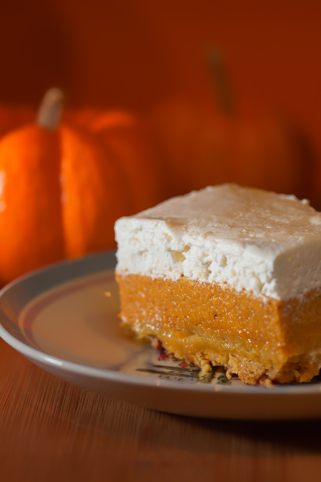 Pumpkin Crunch Cake With Pumpkin Pie Filling