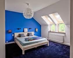 Cuarto color blanco y azul