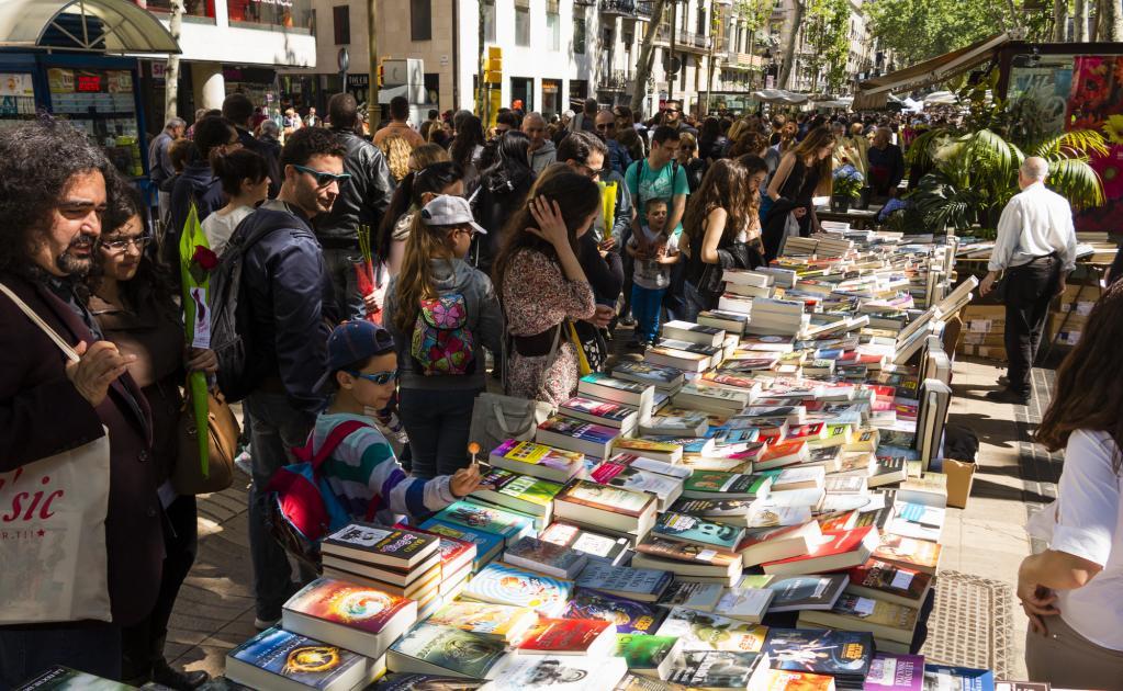 1000 y un libros y rese as sant jordi 2018 - Casa del libro barcelona passeig de gracia ...