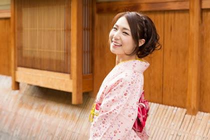 Perawatan Wajah Alami  Ala Wanita Jepang untuk Kulit Secerah Porselen