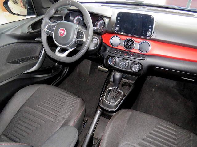 Fiat Argo HGT 1.8 Automático - interior