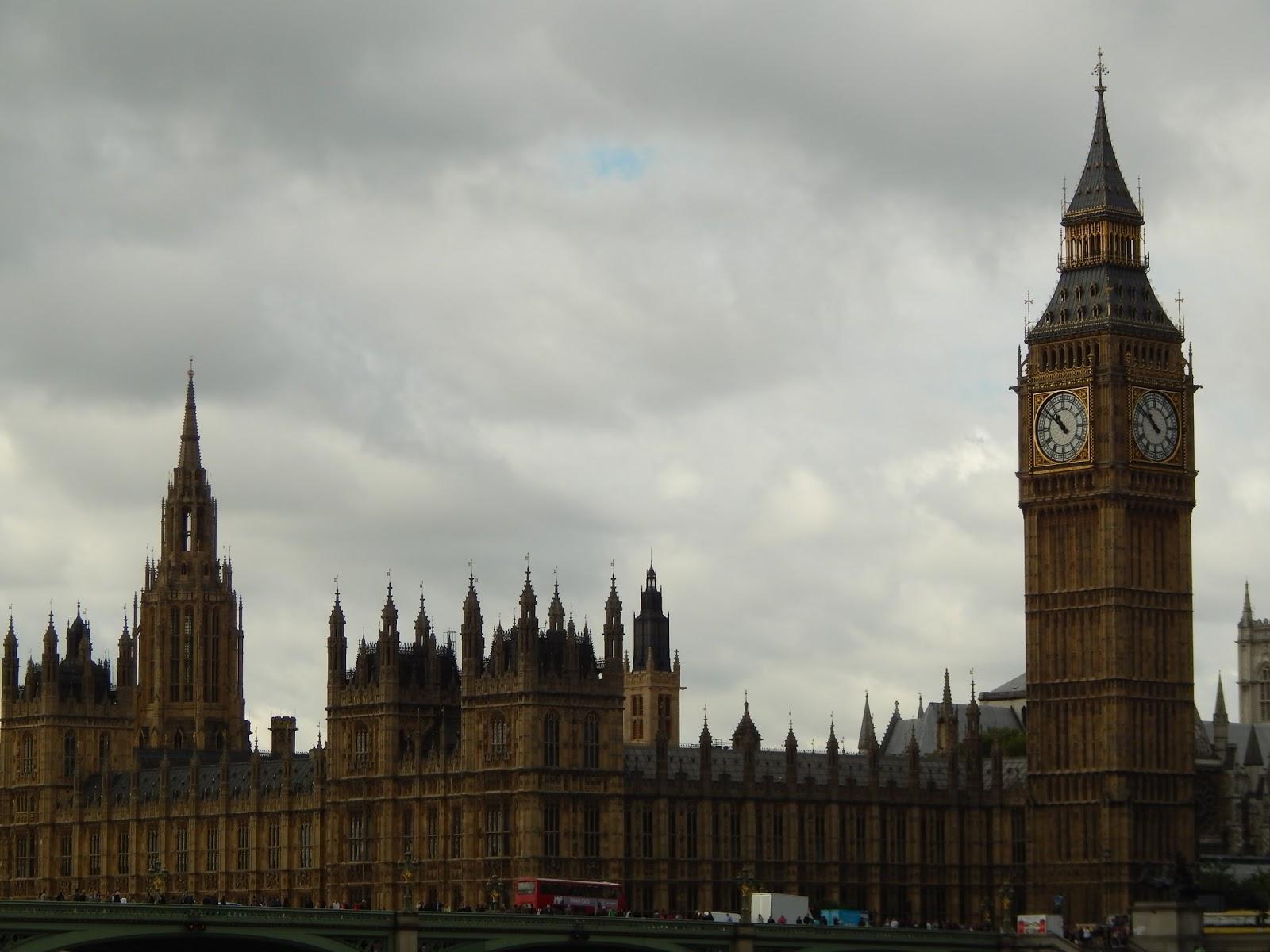 Westminsterský palác a most v Londýně