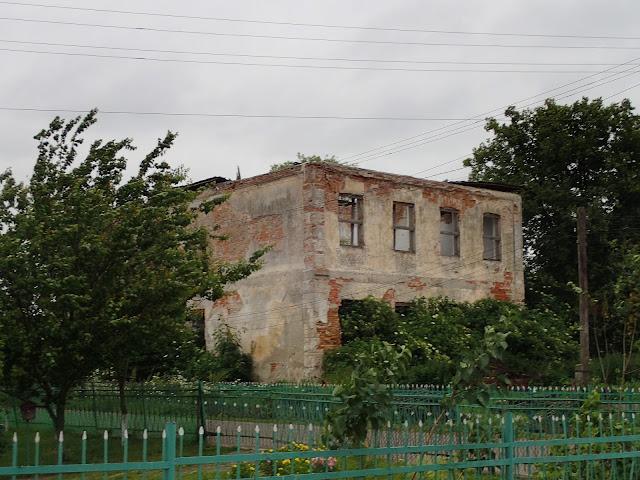 Waręż, ruiny jeszcze sprzed II wojny światowej