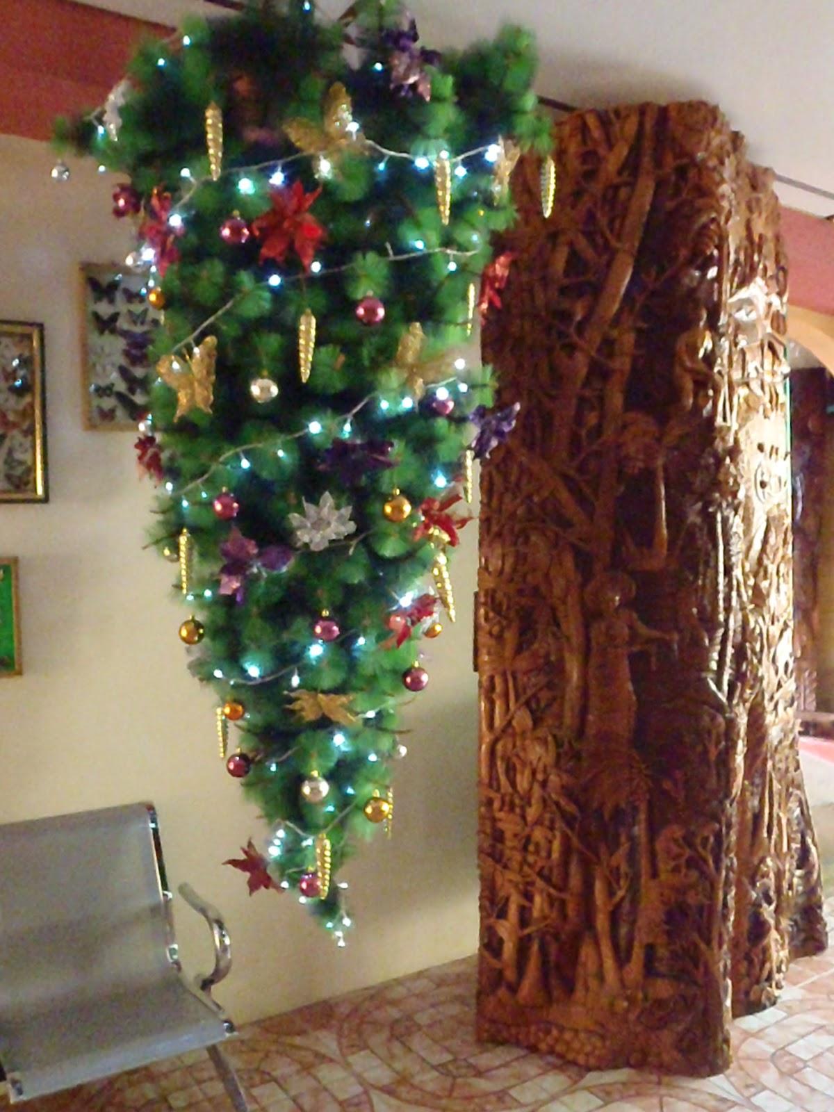 Slim Tree Christmas
