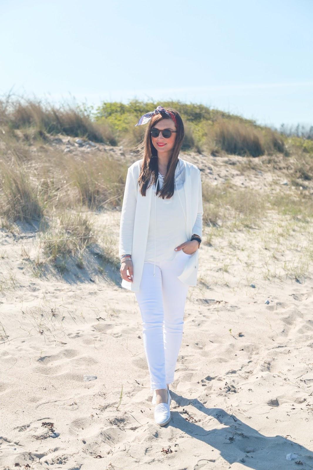 Fashionblogger aus deutschland - Frankfurt Fashionbloger - Blogger aus Frankfurt - Wein weißer Look - Einen weißen Look stylen - Wie style ich einen weißen Look