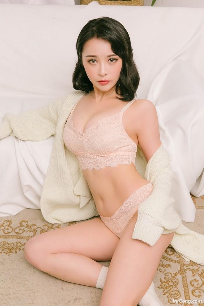 Image Korean-Model-Ryu-Hyeonju-012018-MrCong.com-001 in post Người đẹp Ryu Hyeonju trong bộ ảnh nội y tháng 01/2018 (161 ảnh)