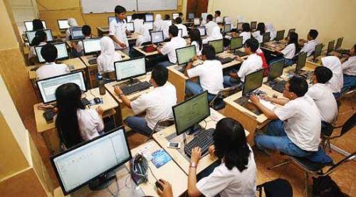 Ujian Nasional Berbasis Komputer