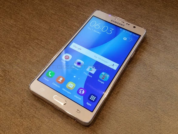 Top 5 Samsung Smartphones Under Rs.10000 in 2018