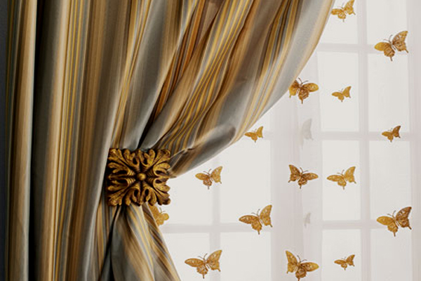 The 411 On Silk Curtain Fabrics