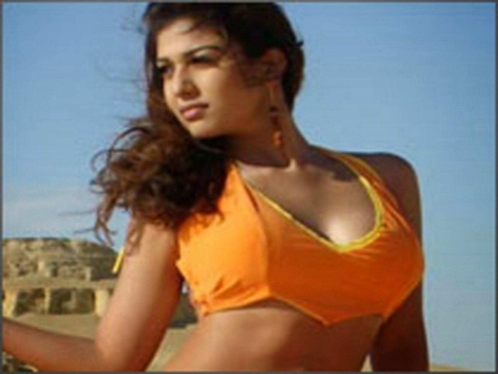 Tamil Actress Nayanthara Nude-7149