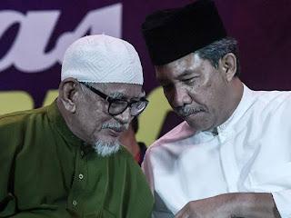 Hadi, Mat Hasan bakal kongsi pentas -- Kini Mahathir pula kena kencing, Mari kita gelak ramai-ramai