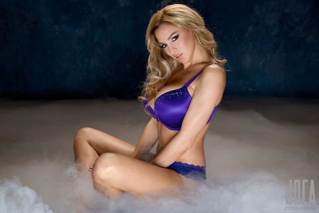 Jordan-Carver-WWL-Photo-Shoot-in-Hot-Blue-Bikini-HD-Picture-3