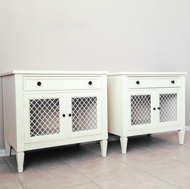 annie sloan chalk paint, chalk painting furniture, chalk painted furniture, white nightstands, furniture makeovers