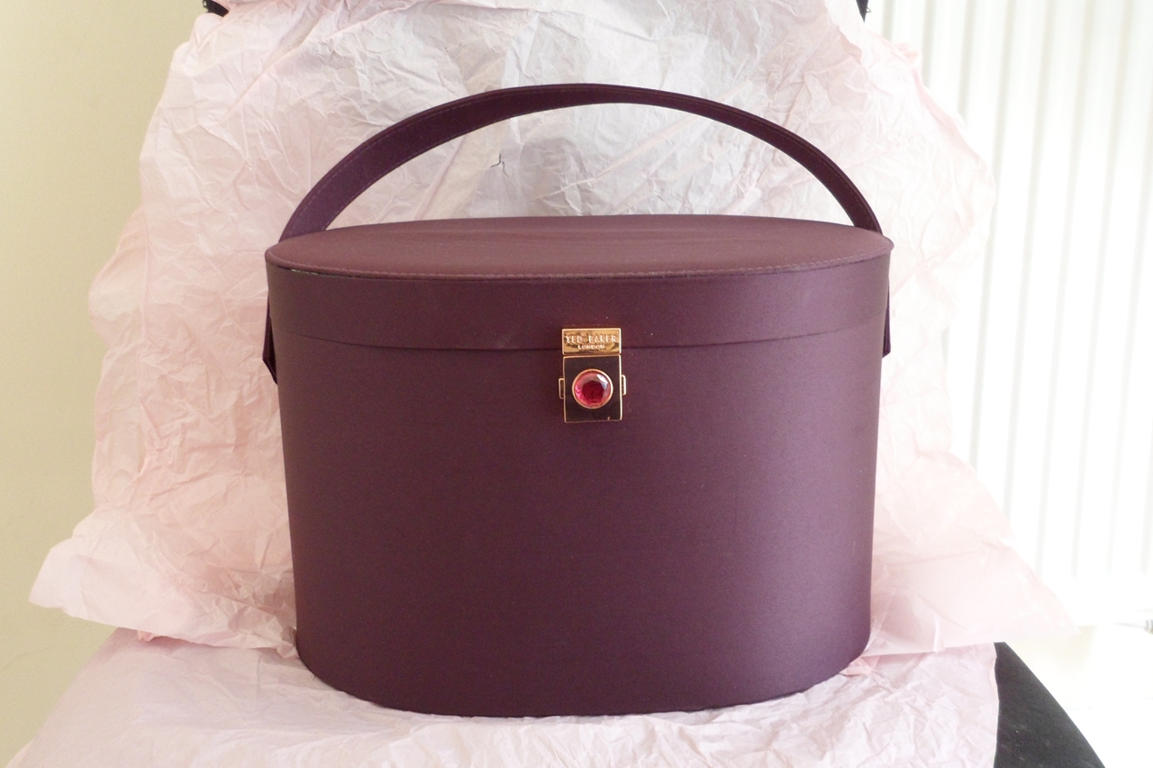 Gothmummi S Blog Ted Baker Star Quality Vanity Case Review