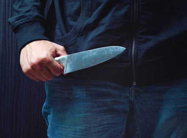 43χρονος στην Αργολίδα λήστεψε αλλοδαπό σε χωράφι!!!