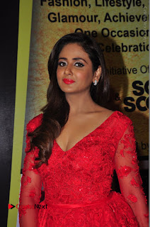 Actress Model Parul Yadav Stills in Red Long Dress at South Scope Lifestyle Awards 2016 Red Carpet  0064.JPG