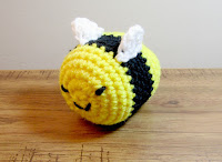 plush toy honeybee in crochet