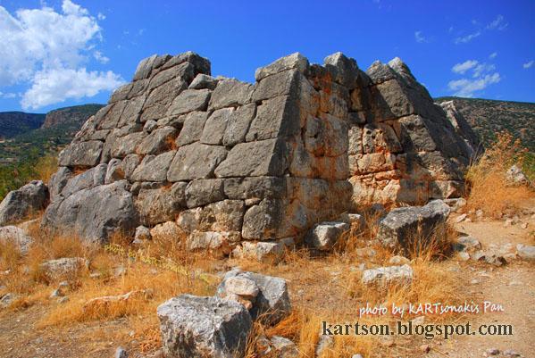 Ένα σπάνιο ντοκιμαντέρ της ΕΤ-3 για την πυραμίδα του Ελληνικού (βίντεο)