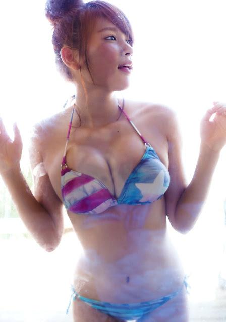 Ikumi Hisamatsu 久松郁実 La iku Photobook 29