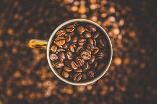 5 HEALTH BENEFITS OF DRINKING BUTTER COFFEE