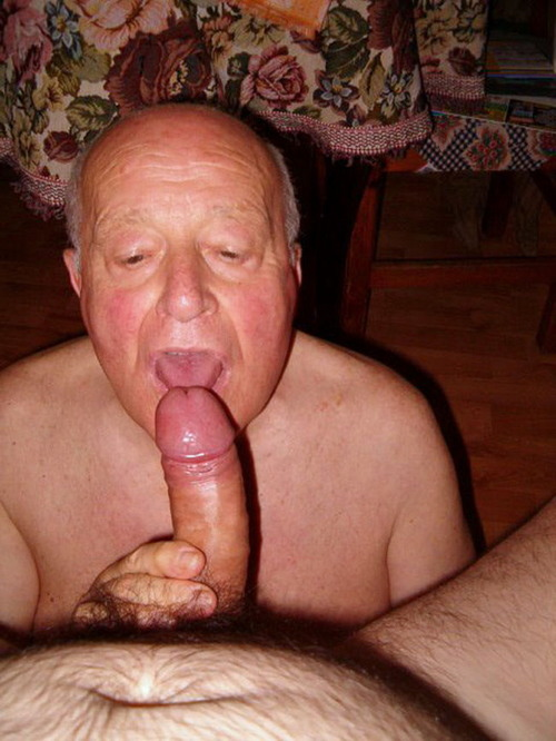 Old man free blow job