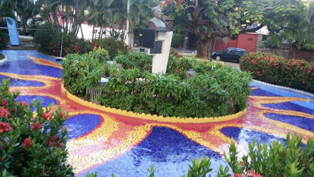 Praça com mosaico artístico no Parque Cruz Aguiar  atrai atenção da imprensa