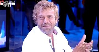 Massimo Ciavarro attore foto