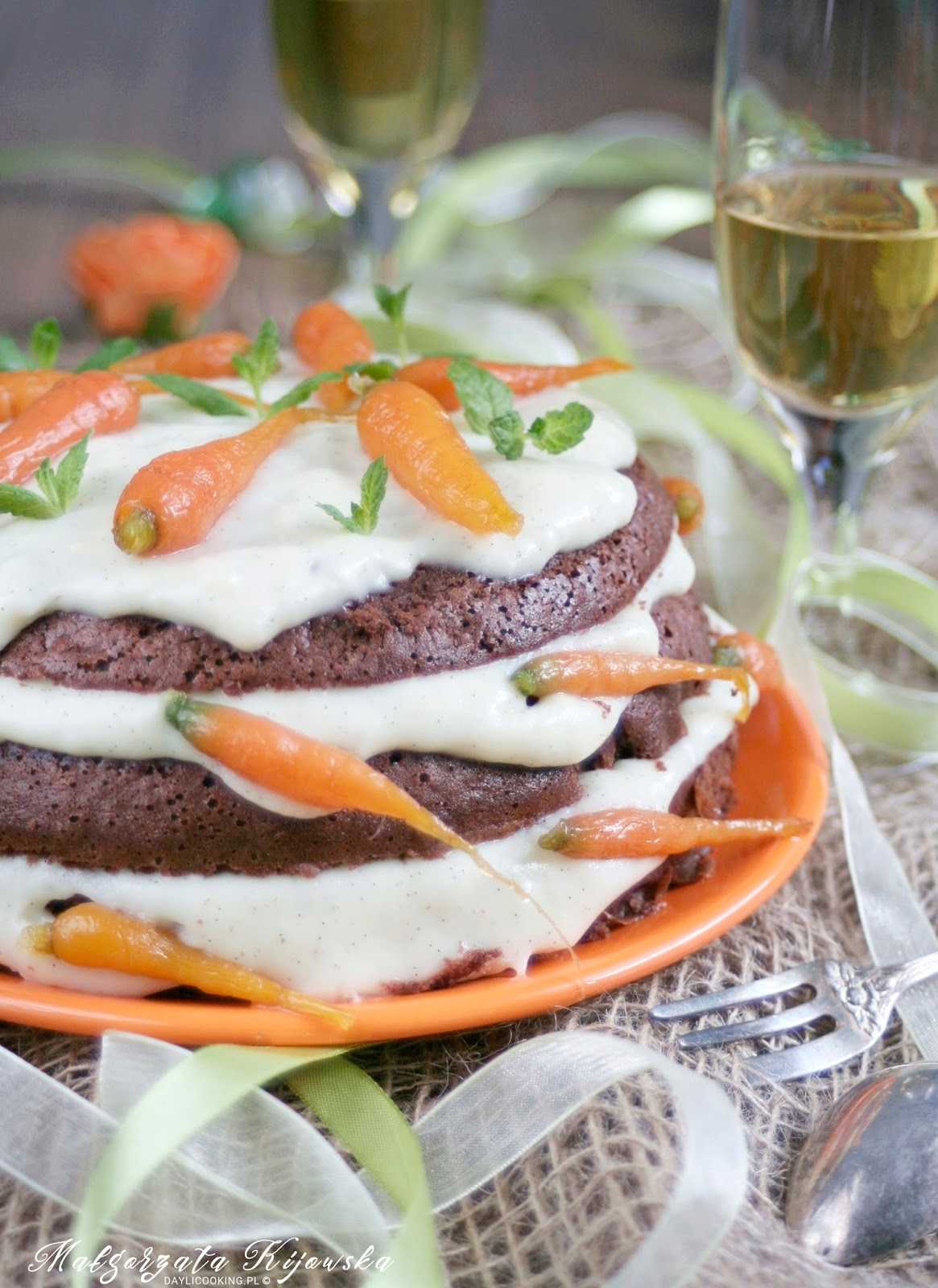 tort, urodziny, ciasto orzechowe, ciasto z orzechami, kandyzowana marchew, daylicooking, Małgorzata Kijowska, Akademia kulinarna whirlpool,
