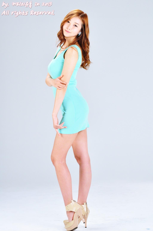 Han Song Yee - Beautiful White Dress Fashion - Teen Girl Asian