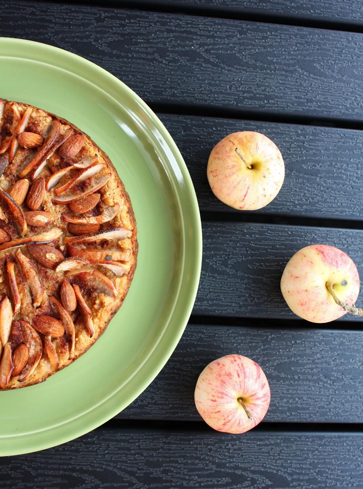 omenapiiras omena piirakka viisi raaka-ainetta mallaspulla leivonta gluteeniton sokeriton maidoton