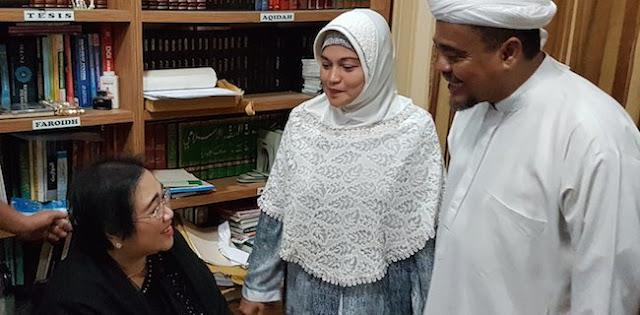 Ditanya Habib Rizieq jadi Cawapres Prabowo, Waketum Gerindra: 'Nggak, Beliau jadi ini saja'