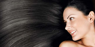 15 Tips Cara Menghitamkan Rambut Alami dan Permanen