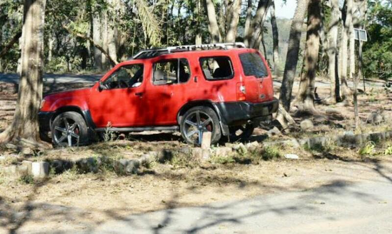 Rafaguean y ejecutan a tres personas en la autopista Tepic - Mazatlán