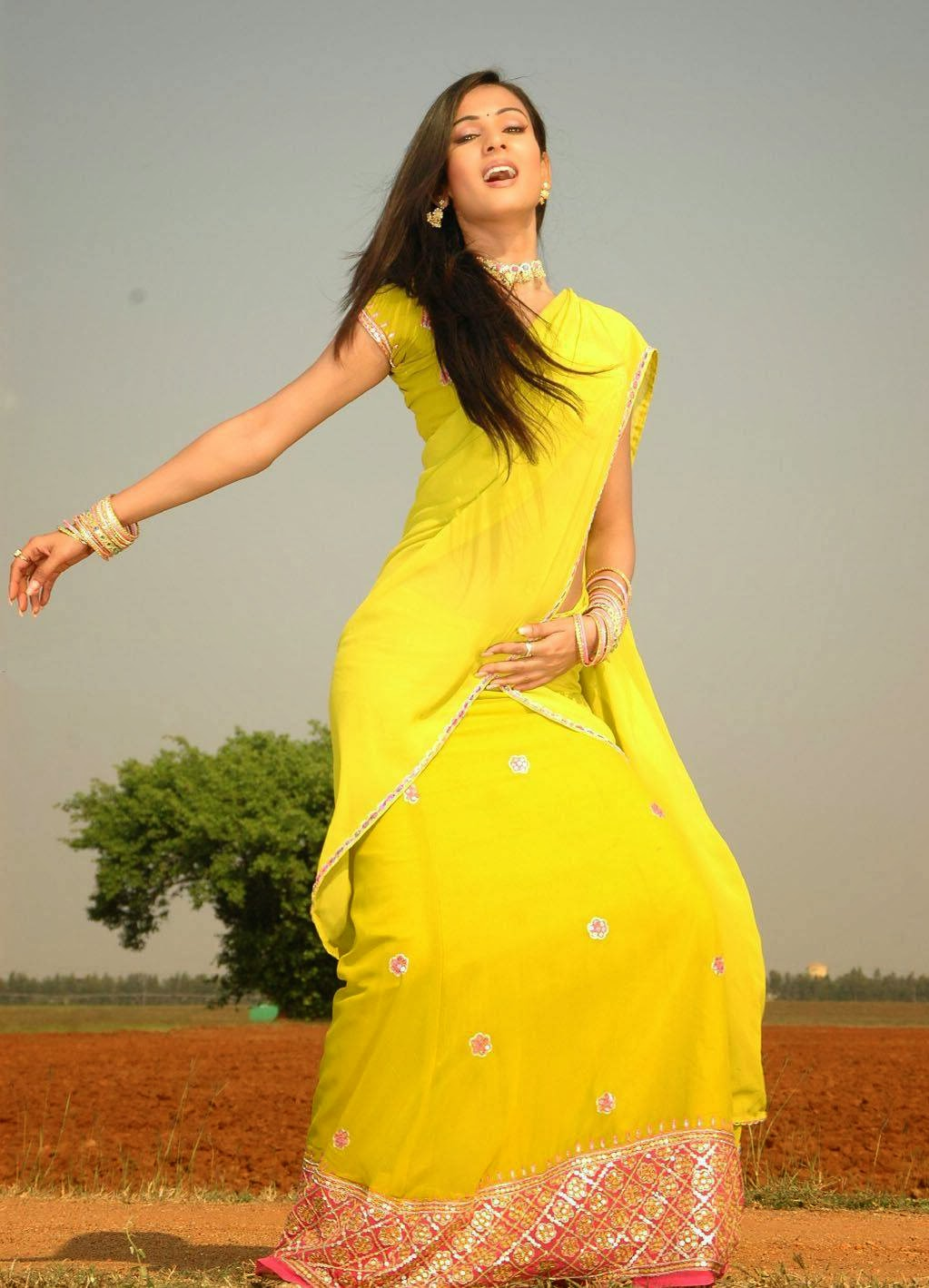 Sonal Chauhan Hot Photo Gallery In Half Saree  Hq Pics N -5457