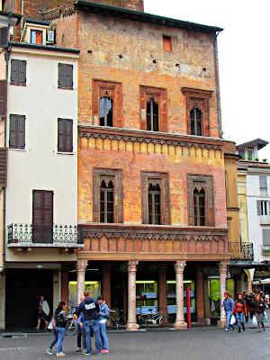 Casa del Mercante; Mantova; Mantua; Mantoue; Cremona; Cremone; Lombardia; Lombardy; Lombardie; Italia; Italy; Italie