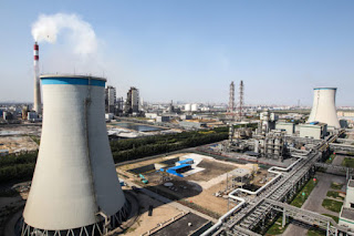 China's GreenGen coal-fired gasification power plant in Tianjin, which is designed to burn coal more efficiently and help develop carbon capture and storage techniques. (Credit: Asian Development Bank/Flickr) Click to Enlarge.